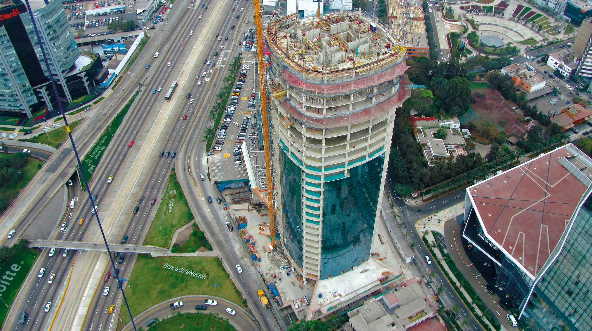 El proyecto Torre Begonias nace por la inversión privada del grupo Brescia que es uno de los más fuertes en el Perú y que albergara a las nuevas oficinas del banco HSBC.