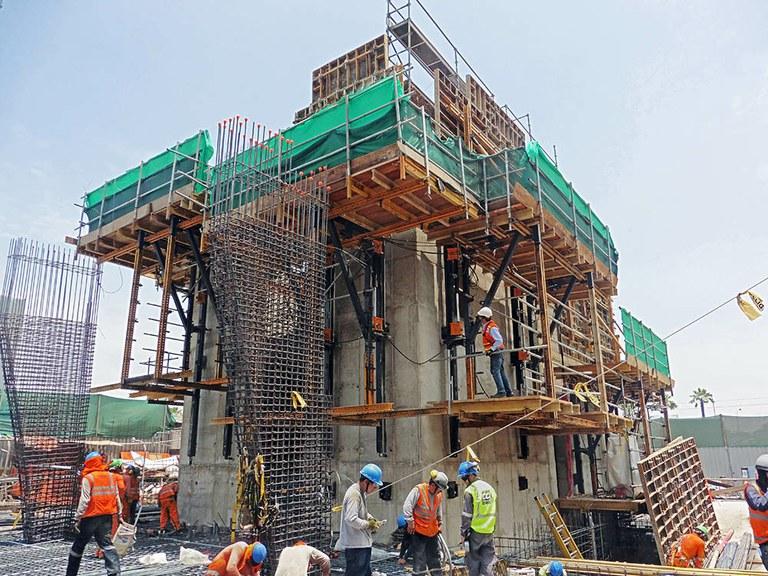 ULMA participa en la construcción de la Torre Ichma de Perú mediante soluciones que refuerzan la modernidad, la eficiencia y la sostenibilidad del edificio